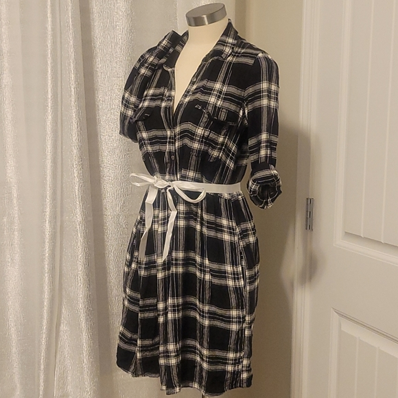 American Eagle Flannel Dress with Pockets!